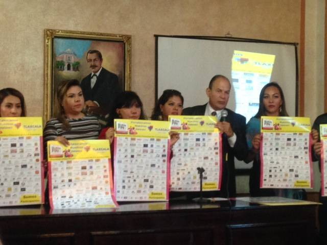 Firma convenio ayuntamiento de Tlaxcala con dueños de comercios