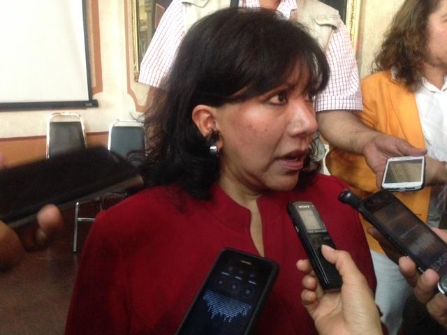 Pide Anabel Avalos se abstenga alcalde de Totolac hacer cobros