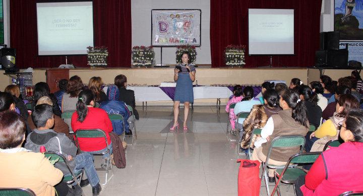 Con actividades culturales celebran el día internacional de la Mujer en Huamantla