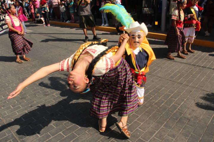 Espectacular remate de carnaval Teolocholco 2019 reunió a miles de personas