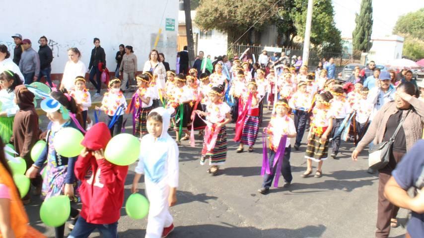 Alcalde encabeza ceremonia del natalicio de Benito Juárez y desfile de primavera