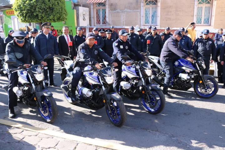 Entregan apoyos Fortaseg a Policías de Santa Ana Chiautempan