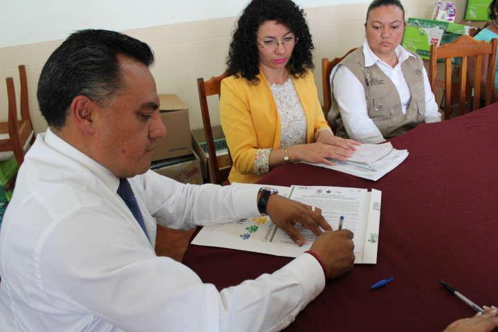 Firma carta compromiso ITEA y Ayuntamiento de Tetla de la Solidaridad