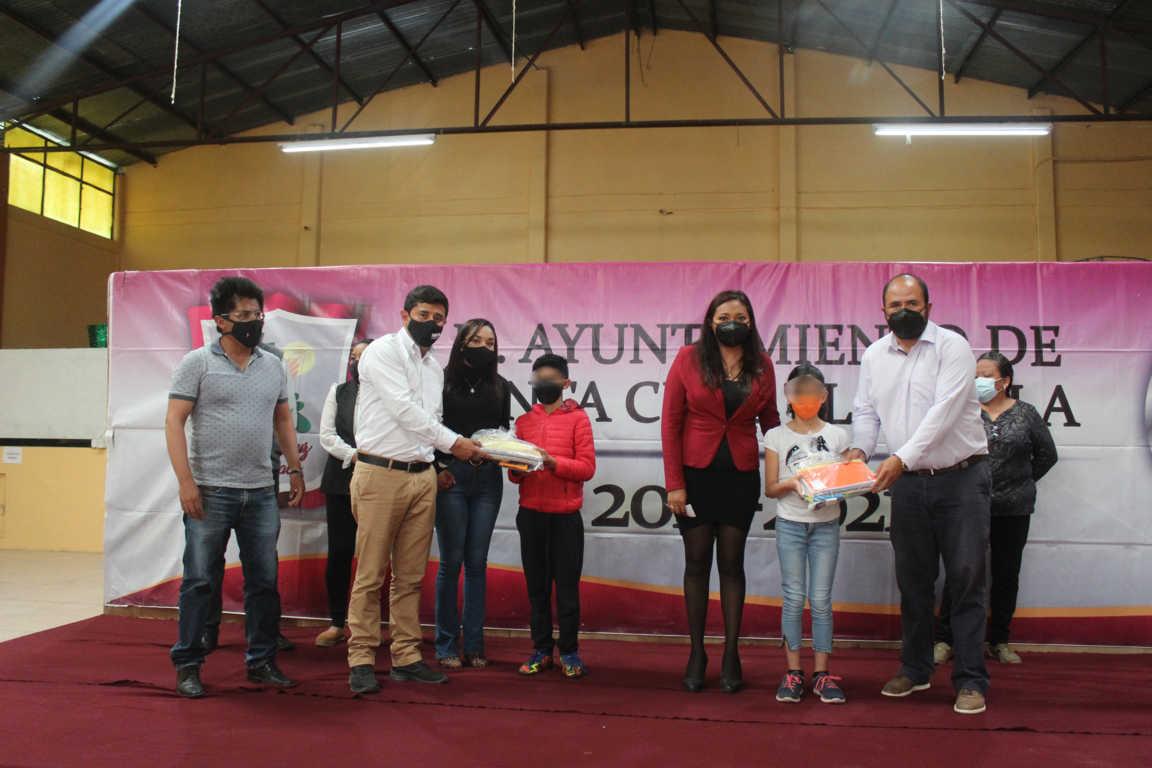 Se realiza la Quinta Entrega de Útiles Escolares en Santa Cruz Tlaxcala