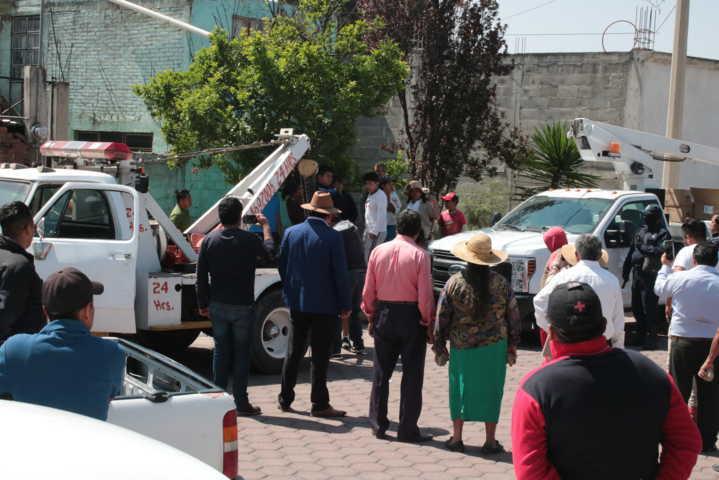 Mientras Chiautempan da servicios, Tlaltelulco roba vehiculos tipo pluma