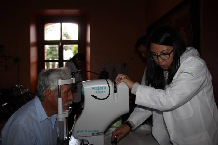 Santa Cruz Tlaxcala impulsa campaña de salud visual