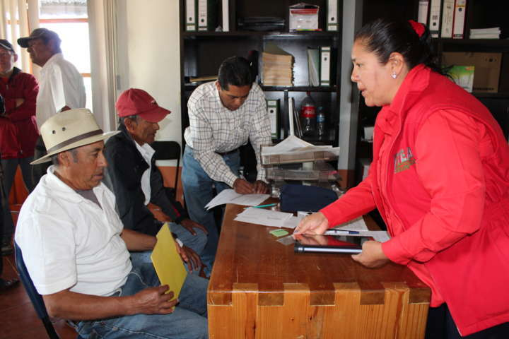Se lleva a cabo actualización escolar de nivel secundaria en Tetla de la Solidaridad