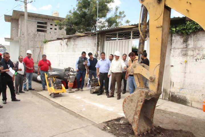 Alcalde inicia obra de drenaje pluvial en la 16 de septiembre