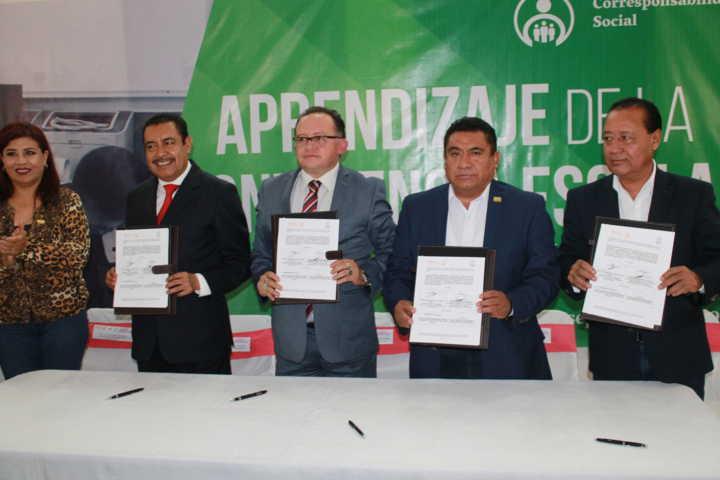 Firman convenio de colaboración la CEDH y la SNTE Sección 31