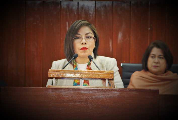 Asume Leticia Hernández coordinación del grupo parlamentario del PAN