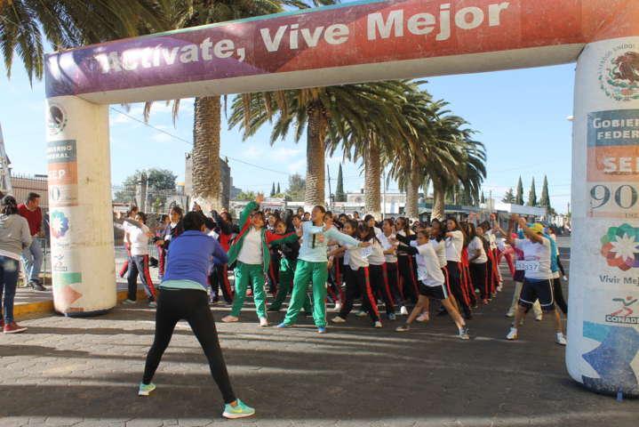 """Todo un éxito la carrera """"Mujeres en Movimiento Amaxac 2017"""""""