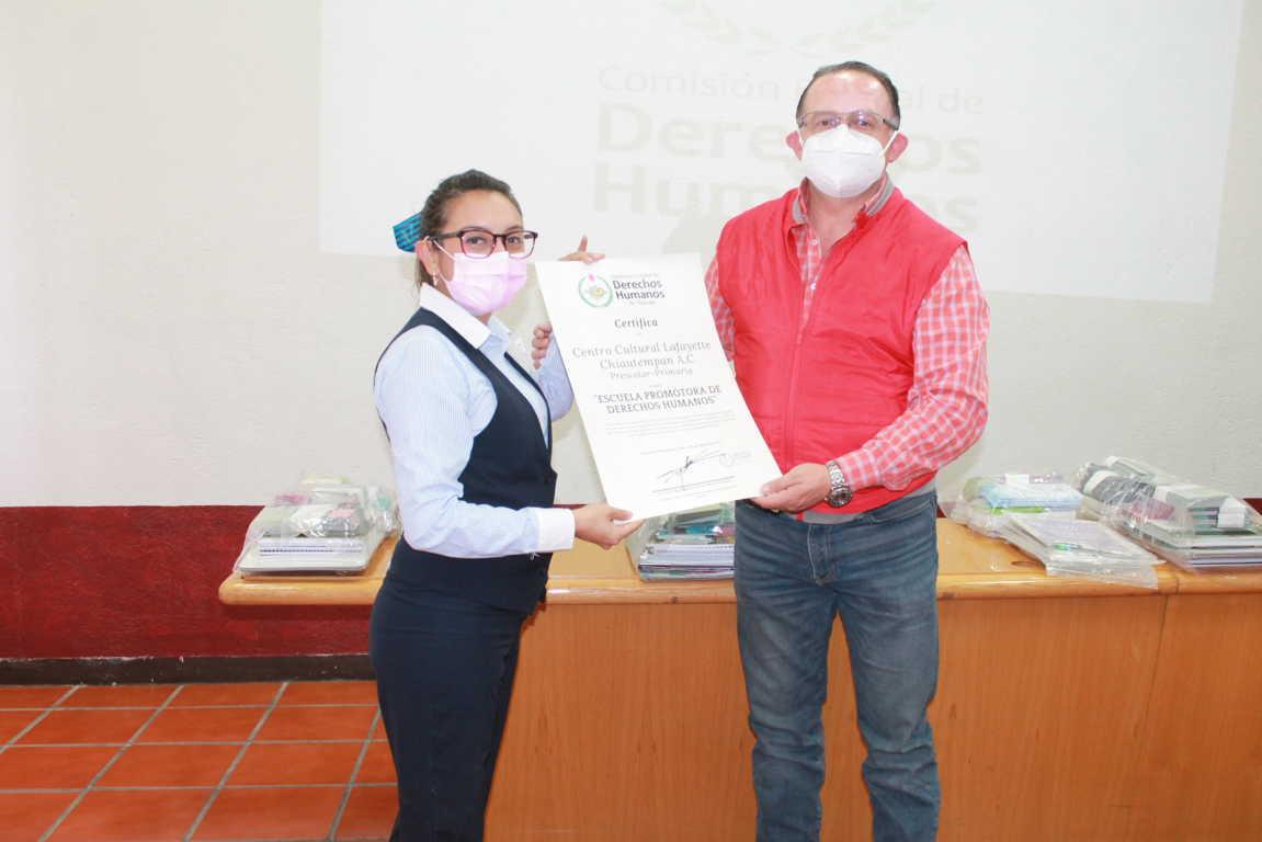 Certifica CEDH tres escuelas promotras de Derechos Humanos