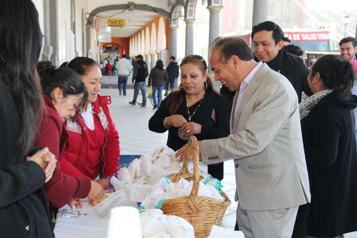 Alcalde Orea Albarrán encabeza homenaje cívico