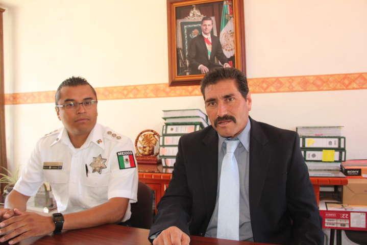 Sánchez Amador reconoce el trabajo de la Policía Municipal de Xaltocan