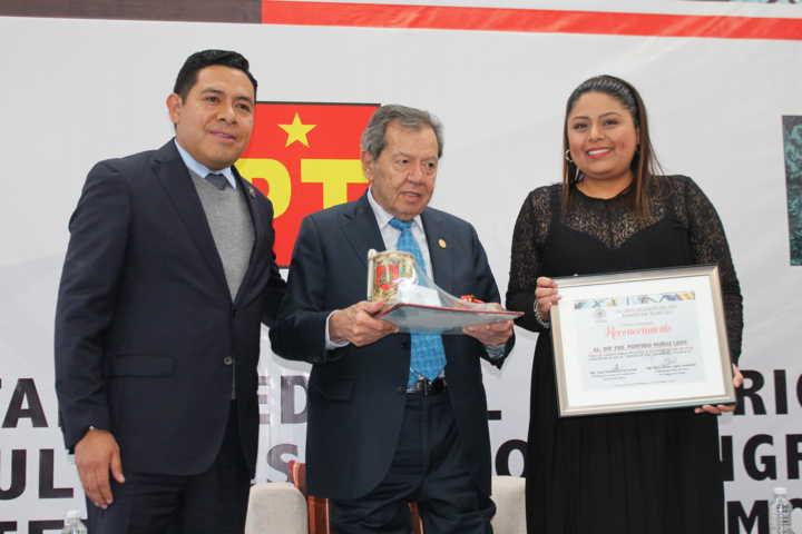 Diserta conferencia magistral Porfirio Muñoz Ledo en el Congreso De Tlaxcala