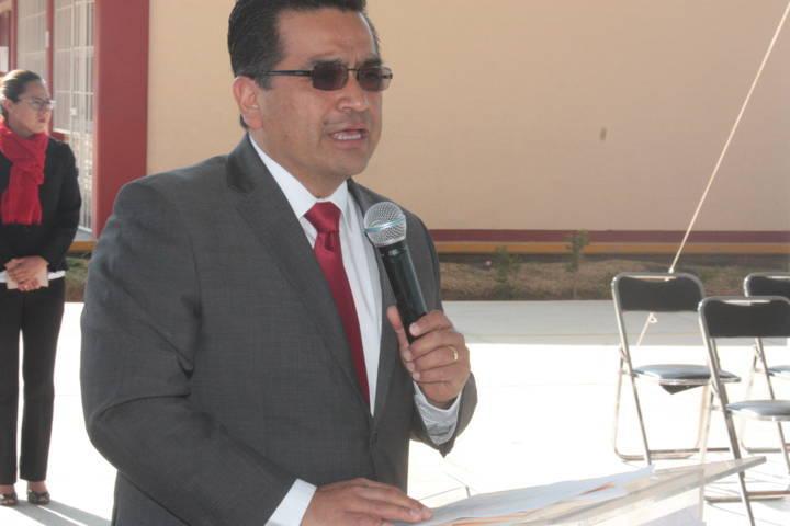 Entrega Alcalde Cutberto Cano Coyotl techumbre en el Cobat Plantel 23 de SPM