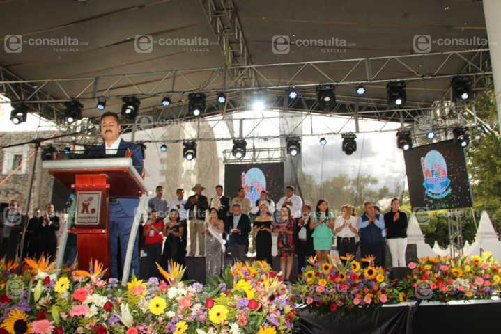 Arranco la Feria de los Festivales 2019 con desfile y la coronación de Grecia I.