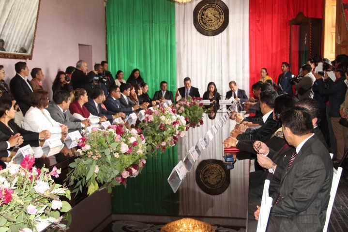 Calpulalpan reunió a los 3 poderes en el 145 aniversario de su anexión a Tlaxcala