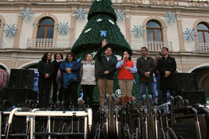 Con entrega masiva de insumos cierra actividades SMDIF Calpulalpan