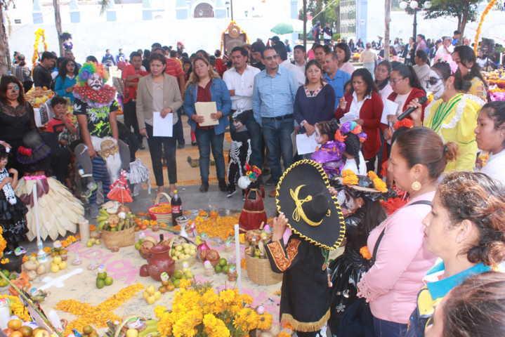 Con estas ofrendas fomentamos nuestra cultura y tradición: Pérez Juárez