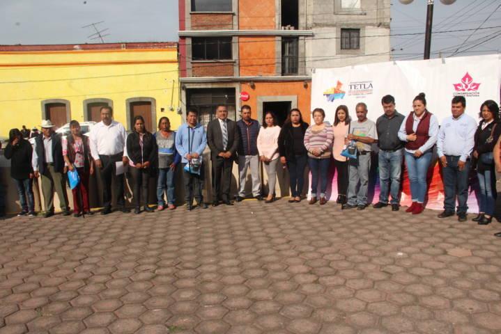 Con estos tinacos apoyamos la economía de familias vulnerables: alcalde