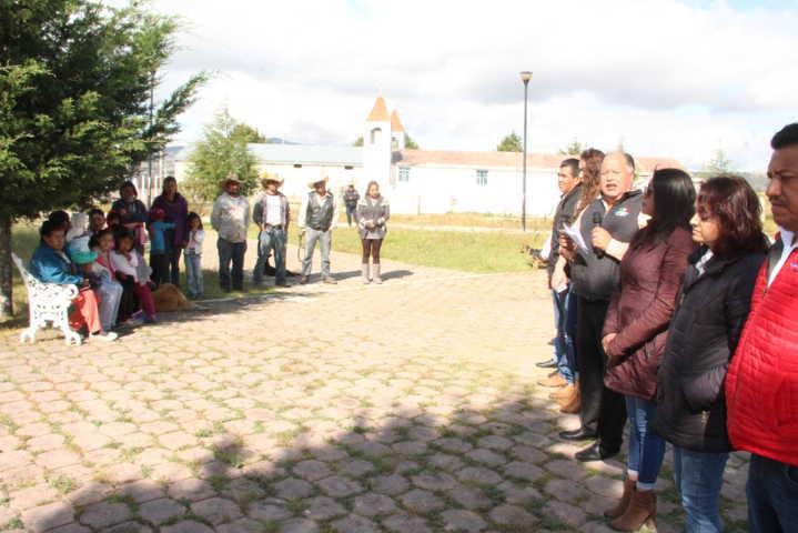 Alcalde pone en marcha mantenimiento a la fosa séptica en Agrícola San Luis