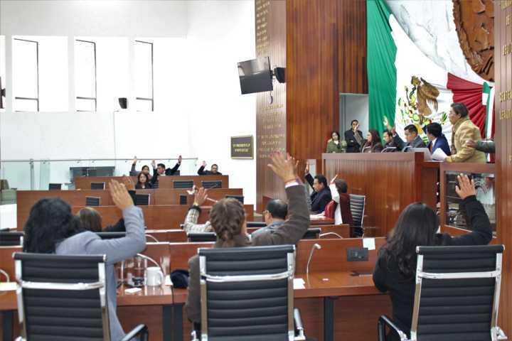 Proponen adecuar decreto para otorgar Presea José Arámburu Garreta