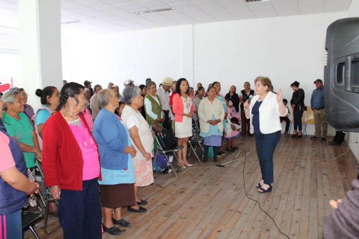 El DIF municipal ayuda a los abuelitos en estimulación cognitiva
