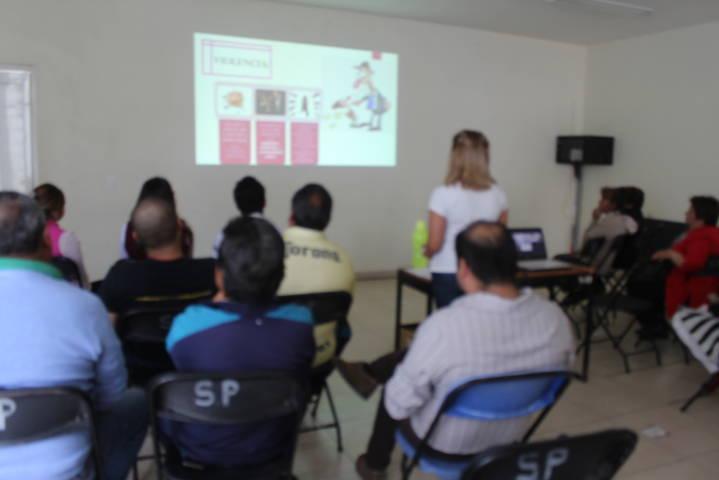 El IMM de Lardizábal realizó plática sobre violencia laboral