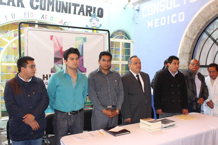 Crear obras y brindar servicios en beneficio de los Huamantlecos: Alejandro Aguilar López