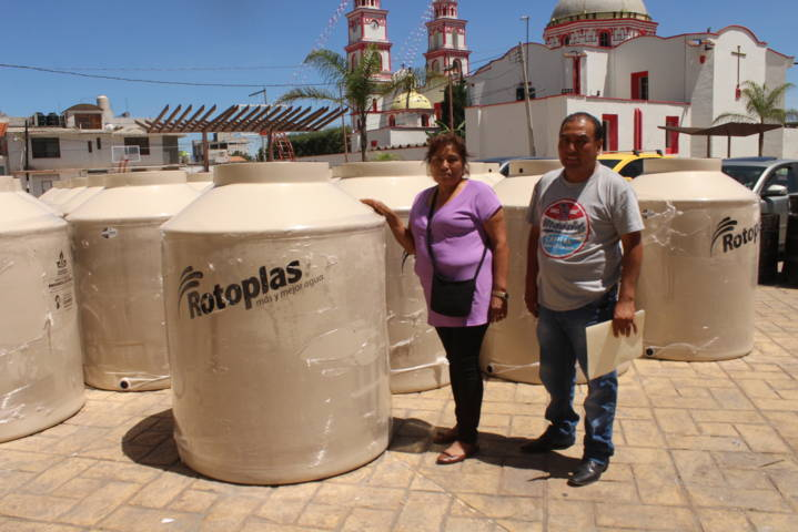 Gobierno de Lardizábal realiza la cuarta entrega de apoyos