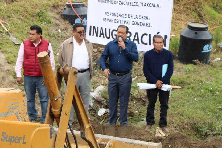 Da Francisco Román banderazo del puente en Barranca de Nextlalpan