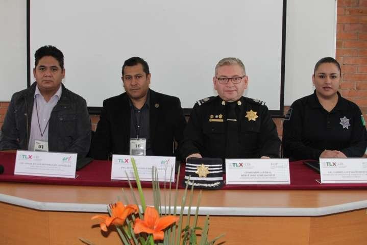Firma convenio Policía Estatal y UTT