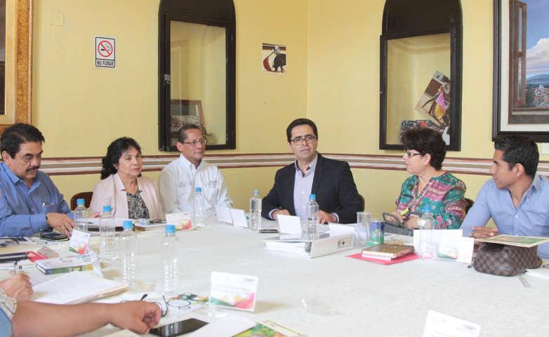Reúne Tlaxcala a delegados del Conafe de la región centro del país