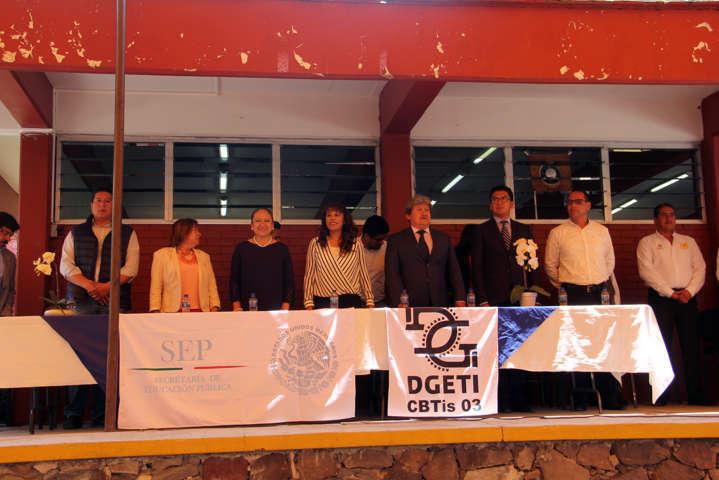 Asiste presidenta de Texóloc y el Lic. Covarrubias Cervantes a inauguración en CBTis 03