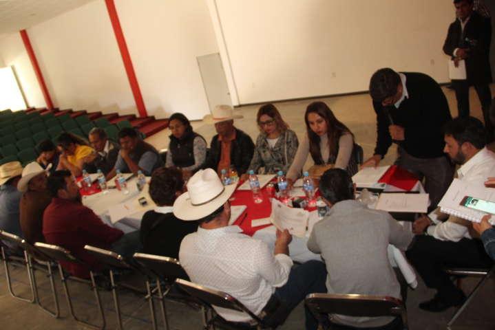 Alcalde y regidores suman esfuerzos para mejorar la calidad de vida de los hueyotlipenses