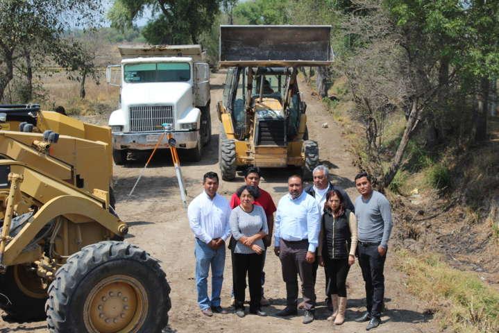 Alcalde realiza obra de infraestructura social en beneficio de la población