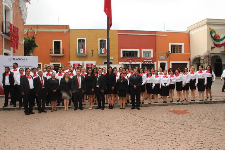 Alcalde encabeza Izamiento del Lábaro Patrio en la capital del estado