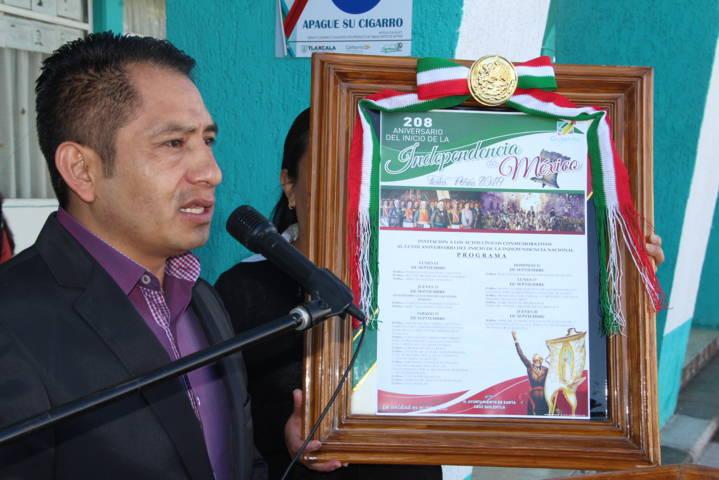 Con la fijación del Bando Solemne iniciamos las actividades del mes patrio: alcalde