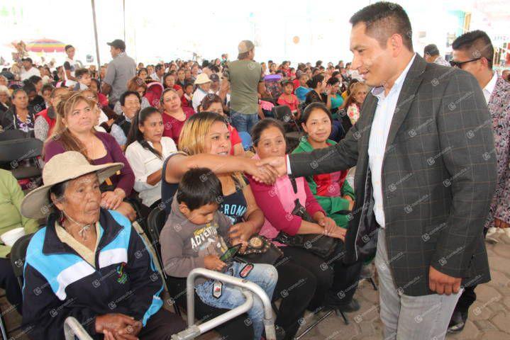 Las mamás son el motor de las familias de Quilehtla: Pérez Rojas