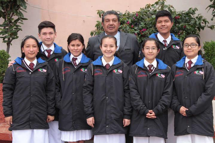 Alumnos tlaxcaltecas viajan de intercambio académico a Estados Unidos