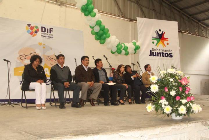 El desarrollo y el progreso del municipio se lo debemos a los abuelitos: alcalde