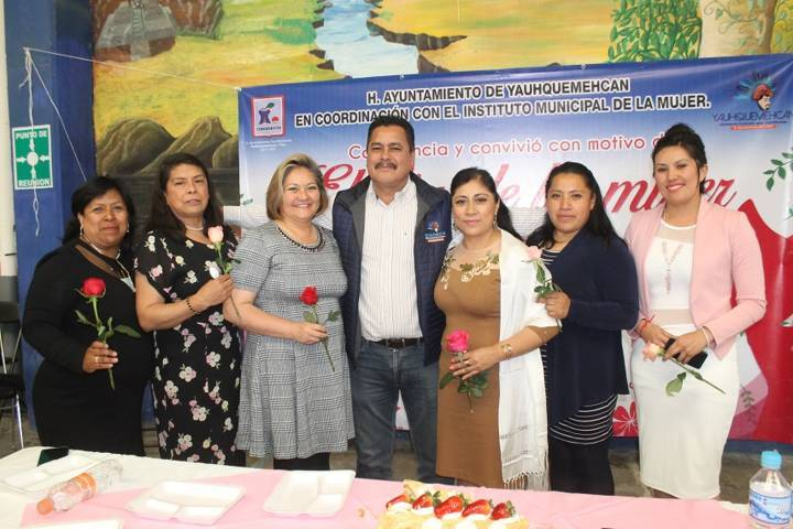 Villarreal Chairez encabezo conmemoración del Día Internacional de la Mujer