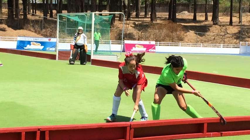 Equipos femenil y varonil de hockey sobre pasto avanzan a la semifinal de la ON