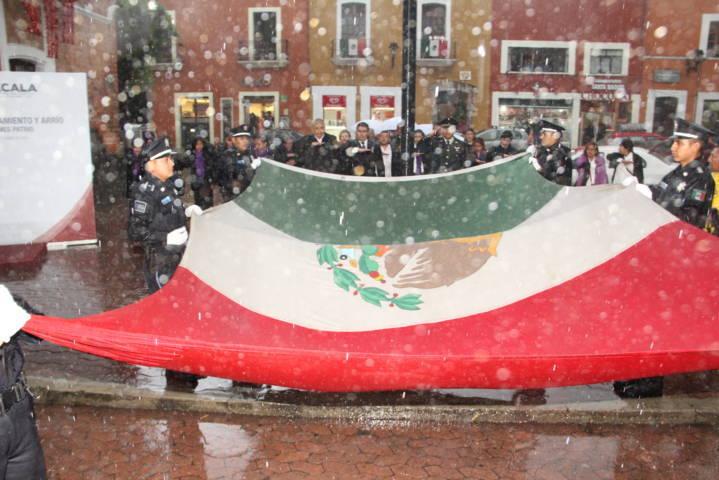 Hoy México es respetado por el mundo, por sus valores y su pasado: alcalde