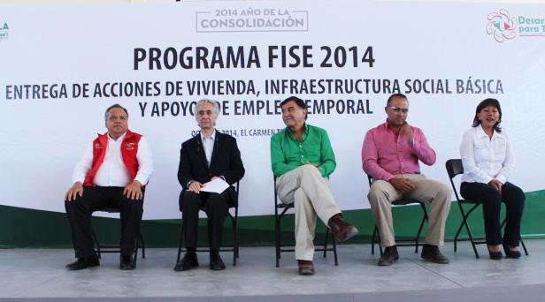 Acude AAL como invitado a entrega de apoyos del programa FISE en Tequexquitla