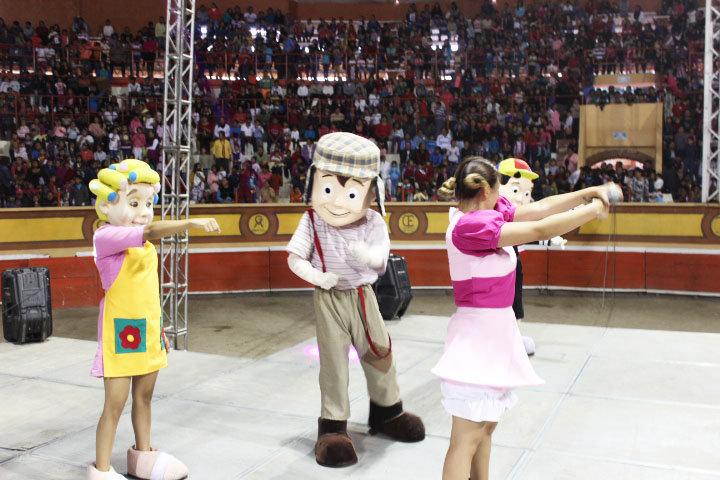 En Huamantla celebran a lo grande a niños en su día