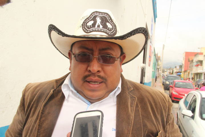 Niega alcalde que haya usado fuerza pública para desalojar a su esposa
