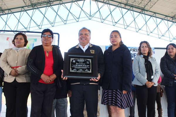 Cumple Alcalde de Huamantla con sector educativo