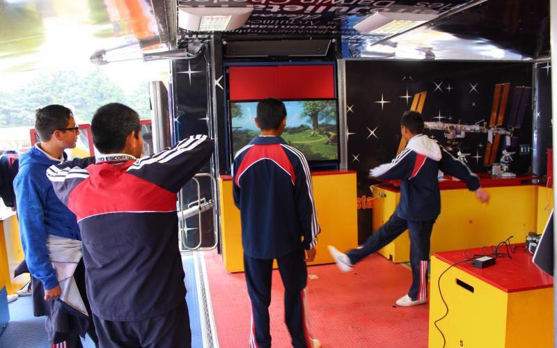 Invita ayuntamiento de  Chiautempan a visitar tráiler de la ciencia y la tecnología